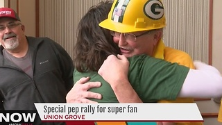 Union Grove hosts pep rally for Packers Fan Hall of Fame finalist - Video