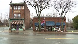 Stagecoach Antiques in Akron closing store, shifting to online shopping only - Video