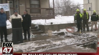 BWL pulls last lead water pipe from ground - Video