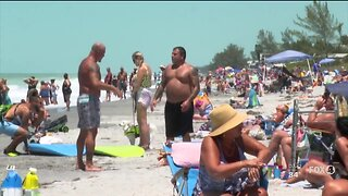Thousands come out to Charlotte County beaches on first day back open