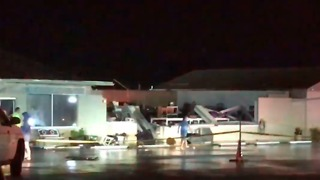 Strong Winds Collapse Hair Salon Roof in Gulf Breeze, Florida - Video