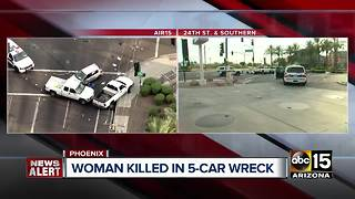 Woman dead after south Phoenix crash - Video