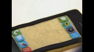 iPhone Cookies being sold in a Beijing Store - Video