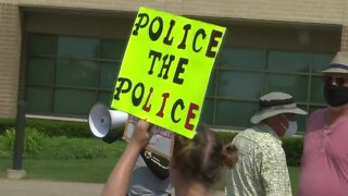 Protestors demand Grand Chute officer fired for previous social media posts