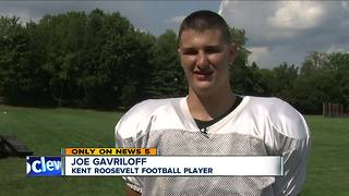 Severe hearing loss doesn't keep Kent Roosvelt football player from excelling on the field