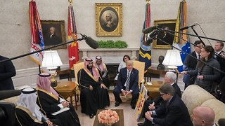 US Congress Vote Overshadows Saudi Prince's White House Welcome - Video