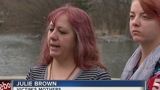 Family of Ashley Brown Holds Vigil - Video