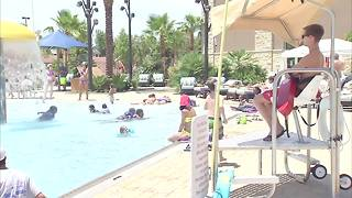 Las Vegas valley locals share their favorite ways to beat the heat - Video