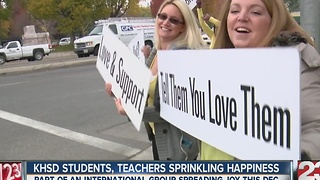 Kern County high school students 'sprinkling happiness' with positive words - Video