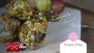 Creamy and crunchy Grape Bites will be your new favorite treat!