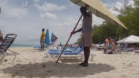 'We Need You Guys To Keep Coming': How Tourism Helps The Bahamas