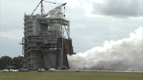 NASA Conducts RS-25 Rocket Engine Test