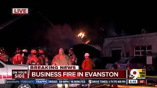 Fire guts auto body shop filled with cars on Dana Avenue in Evanston - Video