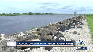 Glades residents concerned about rising Lake Okeechobee - Video