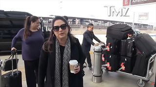 Singer Gloria Estefan Gives an Unexpected Response When Asked About Trump - Video