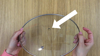 Missing handle? Replace it with a wine cork: it works perfectly! - Video