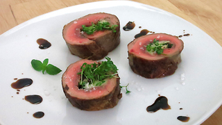 Mouthwatering steak roulade recipe - Video