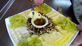 Best Cheese Plate! Best Food Combination! - Video