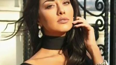 Sadaf Taherian: Iranian actress who published photos on Instagram without a hijab
