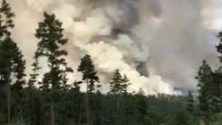 Firefighters Battle Fire Near Williams Lake - Video