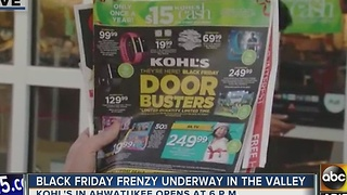 Shoppers ready for Black Friday in Phoenix - Video