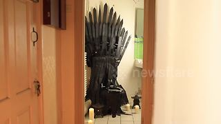 Man creates amazing 'Game of Thrones' themed toilet - Video