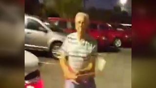 WATCH: Florida man attacks car salesman with golf club - Video
