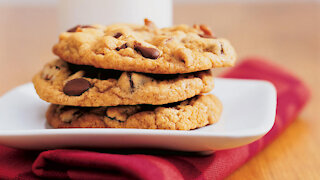 How To Make Perfect Chocolate Chip Cookies🍪