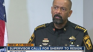 Milwaukee County Supervisor Supreme Moore Omokunde calls for Sheriff David Clarke's resignation - Video