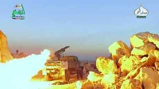 Rebels Target Regime Forces With Rockets Amid S. Aleppo Fighting - Video