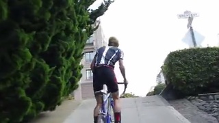 Josh Diaz Bikes Up San Francisco's Second Steepest Hill With A 38 Percent Gradient