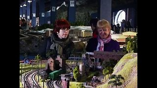 Model Makers Recreate Russia - Video