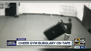 Man steals from cheerleading studio - Video