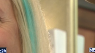 Green Bay barbershop offers blue hair chalking to raise awareness of human trafficking - Video