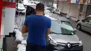 Istanbul Street Transformed Into Pond Amid Flooding, Storm - Video