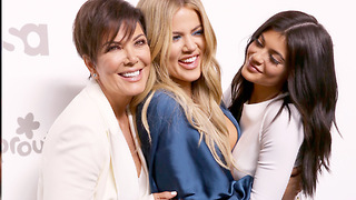 Khloe Kardashian's Family BEGGING Her To Come Home! - Video