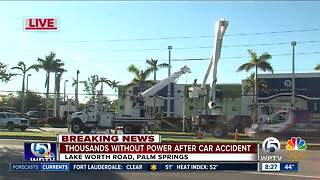 Crash in Palm Springs knocks out power - Video