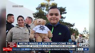 Las Vegas police make one boy's wish come true - Video