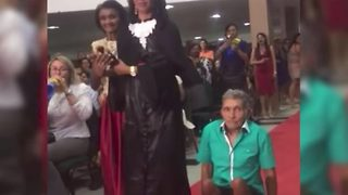 Disabled Dad Makes Daughter's Graduation Day Memorable With His Attendance - Video