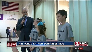 Air Force father surprises kids