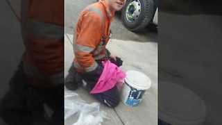 Tradie Sends Hapless Apprentice to Shop for a 'Long Wait' - Video