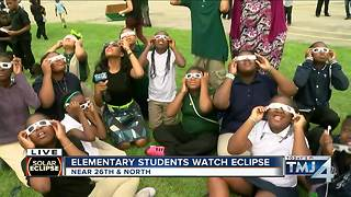Students at Starm Elementary in Milwaukee view Eclipse - Video