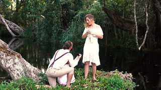 4-Year-Old Helps Dad Pull Off Marriage Proposal - Video