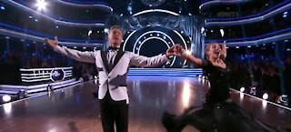 Derek Hough joins Dancing with the Stars