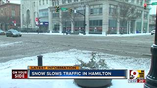 Snow slows traffic in Hamilton - Video
