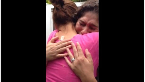 Mother And Daughter's First Embrace After Being Separated For 22 Years