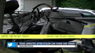 Suspects in custody after stolen car crash in Wauwatosa