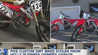 Dirt bikes stolen in Holly - Video