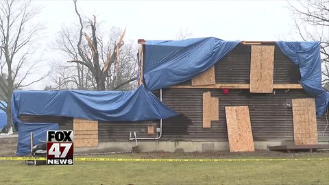 Shiawassee County tornado victims still picking up the pieces