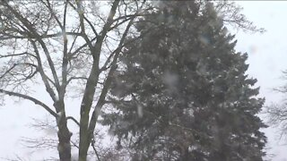 City of Milwaukee declares snow emergency as winter storm continues to move through SE Wisconsin